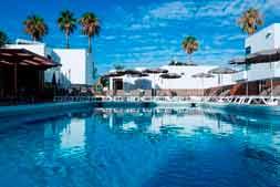 Hotel Coral Dreams zwembad